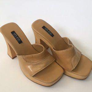 Splash tan platform heels Size 6.5 EUC